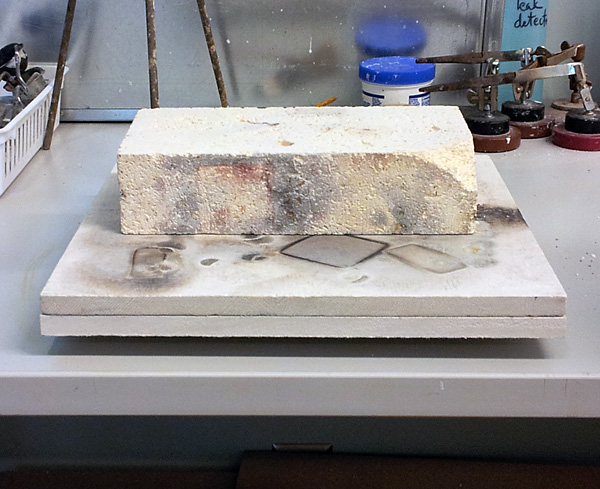 Finished tray with soldering brick, which is my preferred soldering surface.
